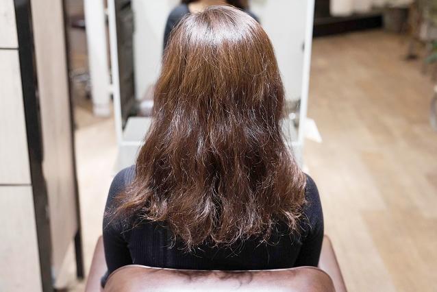 毛髪全体の大~小のうねり|BEFORE 施術前