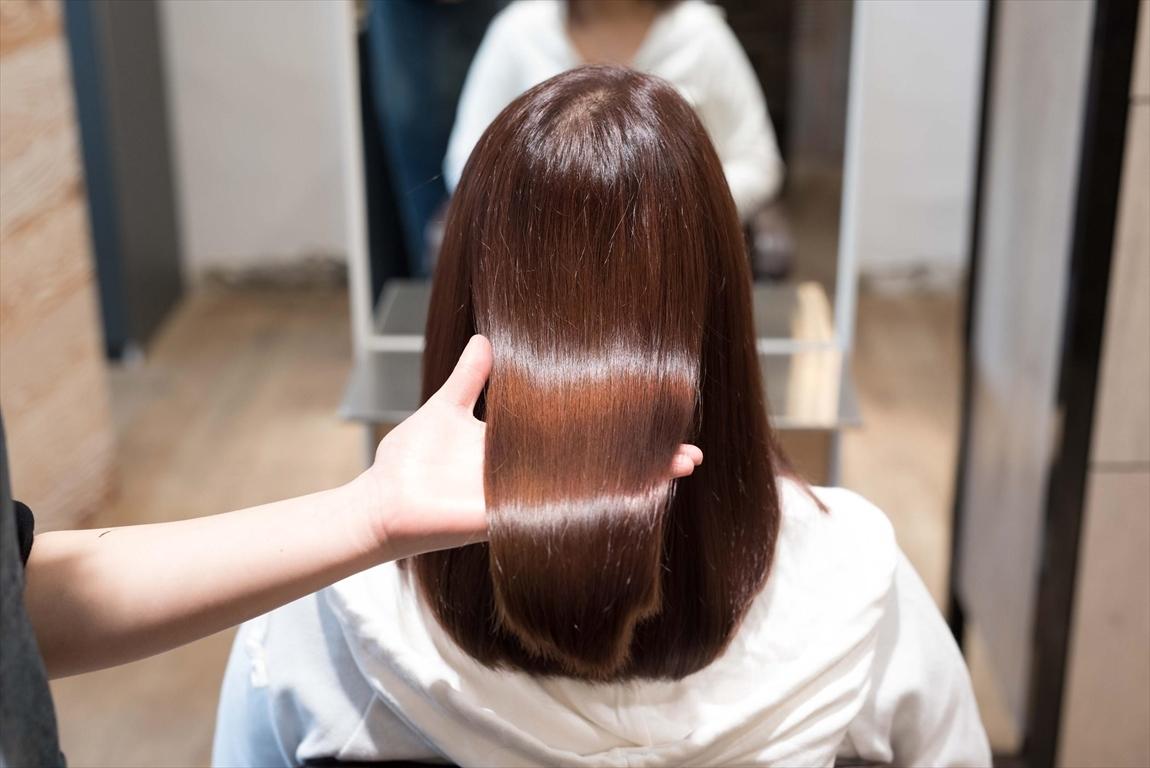 髪質が改善されると髪に艶がでる