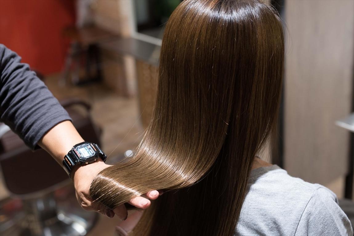 髪質が改善されるとヘアカラーの発色がかなり綺麗