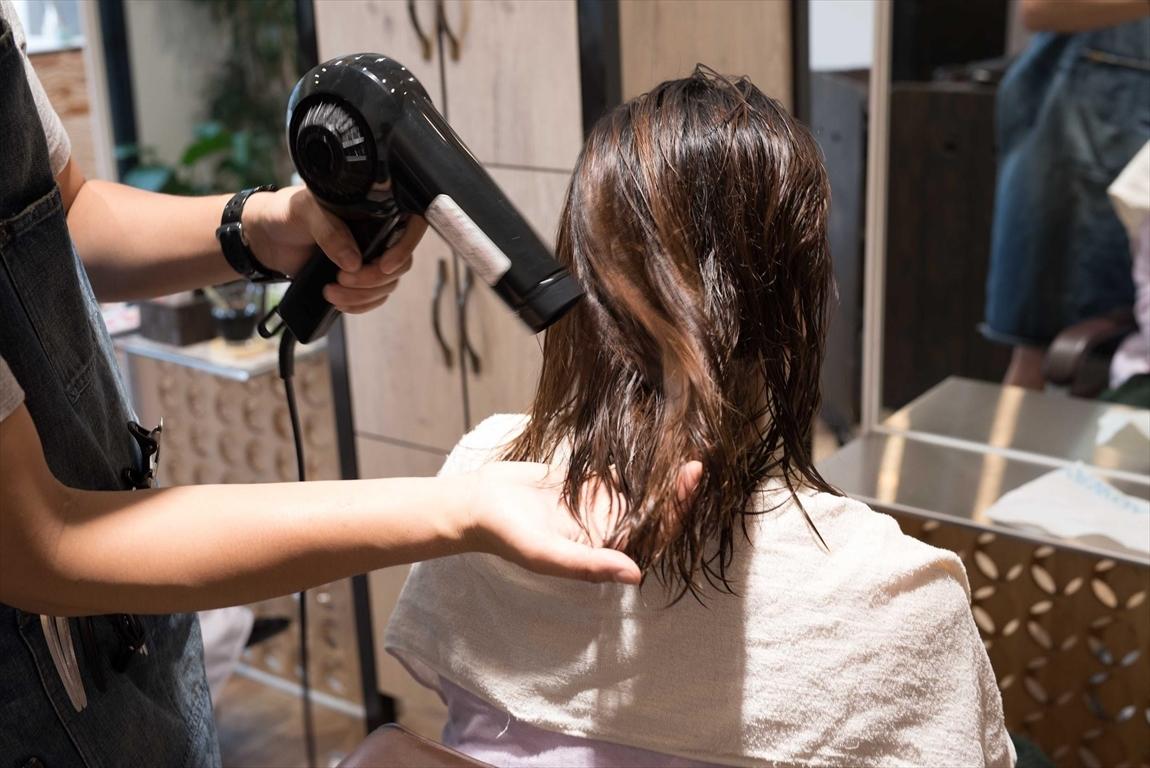 髪質が改善されると毎日のセットが楽