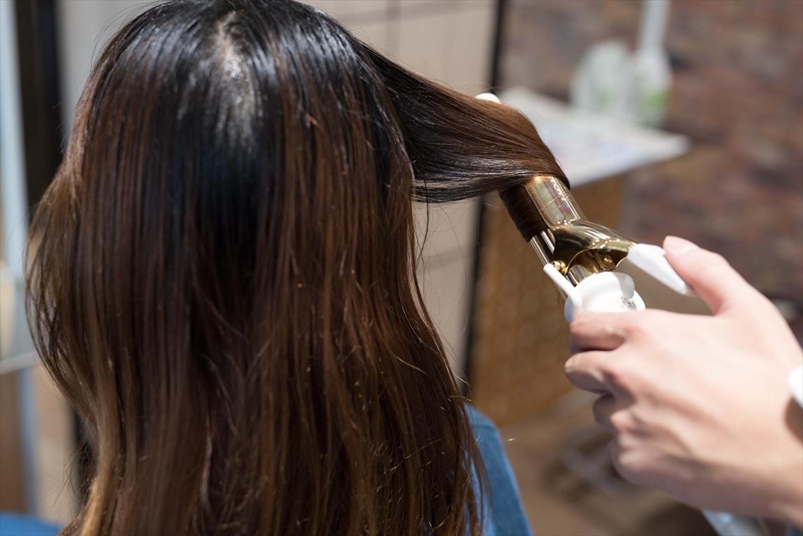 髪質が改善されるとへアイロンの型が綺麗につく