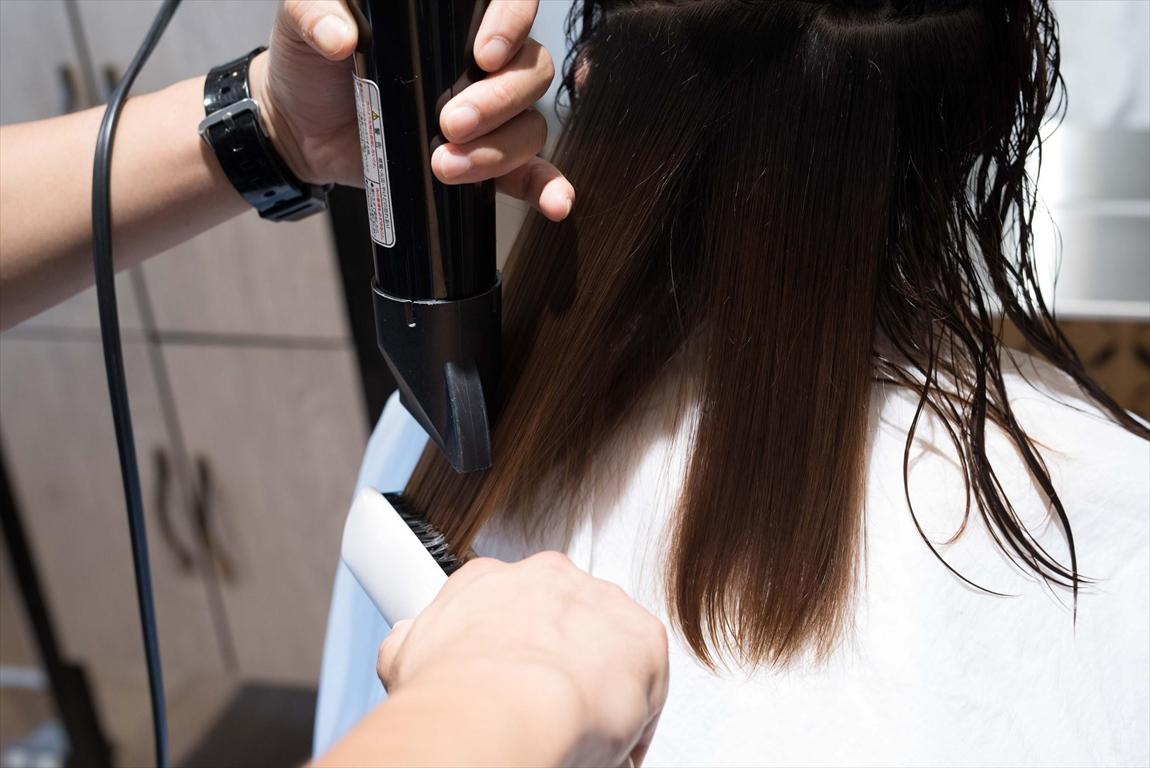 特殊ブローによるクセ毛の根絶|DRANのこだわり