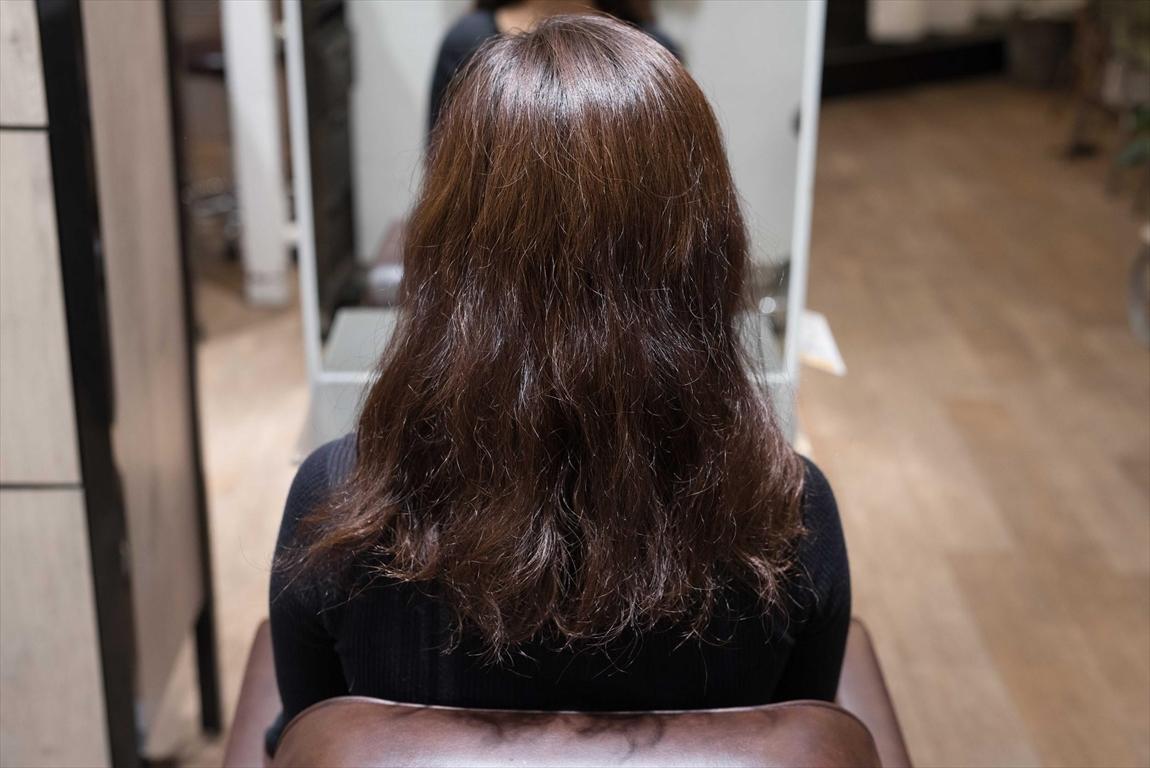 BEFORE 施術前|髪がチリつく方には髪質改善矯正がおすすめ