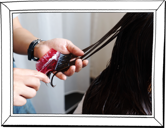 髪質改善カラー施術|DRANでは髪質改善とヘアカラーを同時施術し、カラーする度に髪質が改善されていきます。