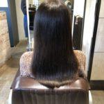 髪が硬くゴワゴワする方必見!!髪質改善でしなやかなストレートスタイルに!